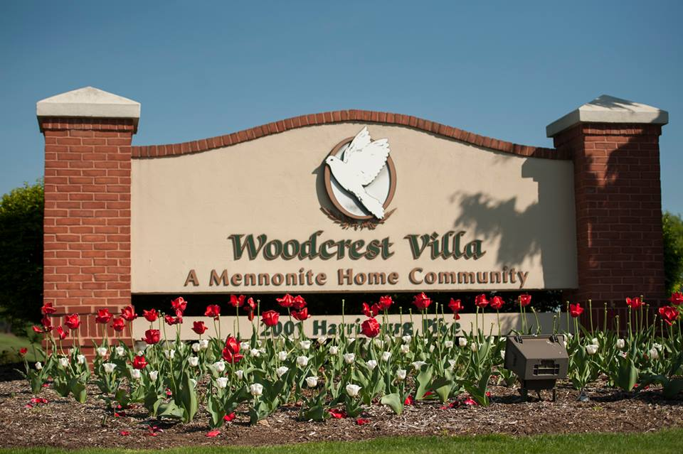 Woodcrest Villa Sign